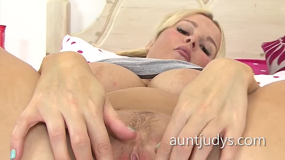 Möse saftige German porn