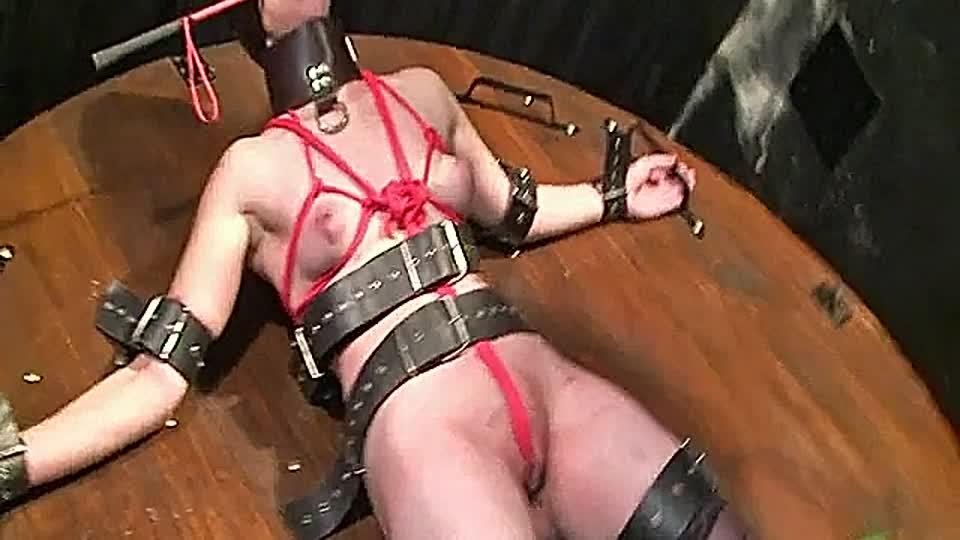 lesben sklave folter